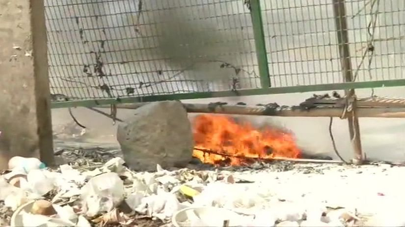 Petrol bomb hurled near Shaheen Bagh protest site
