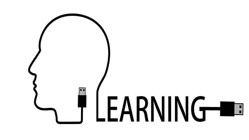 Traditional reading gives way to MOOCs, e-learning