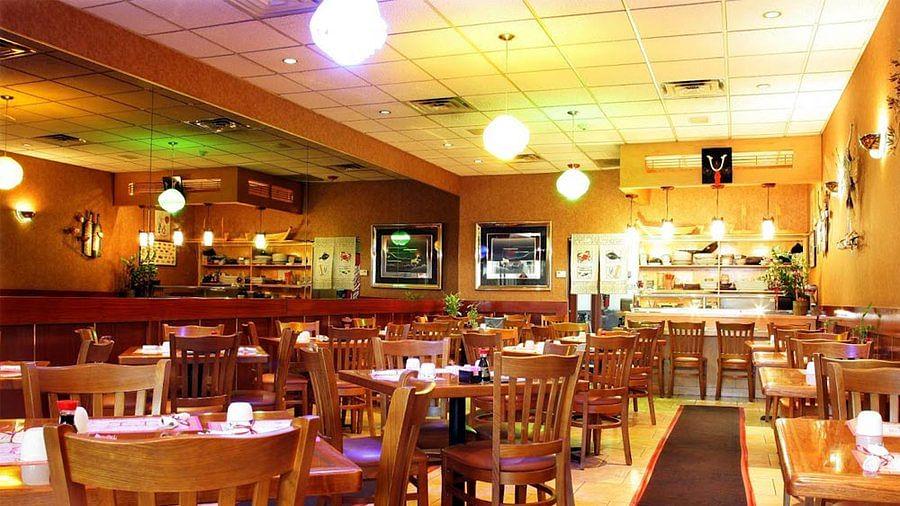 Empty restaurant (Photo Courtesy: Twitter)