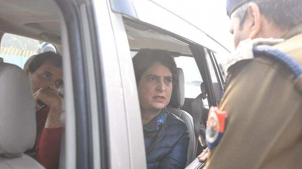 Rahul, Priyanka Gandhi stopped by UP police from entering Meerut