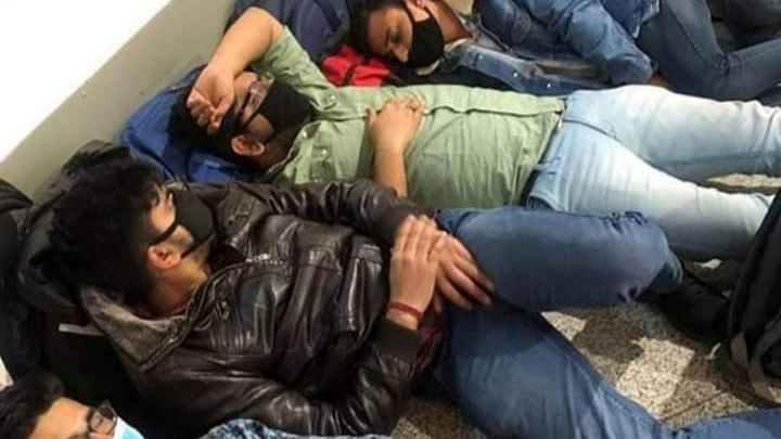 19 Indians stuck at Dubai airport for 3 weeks