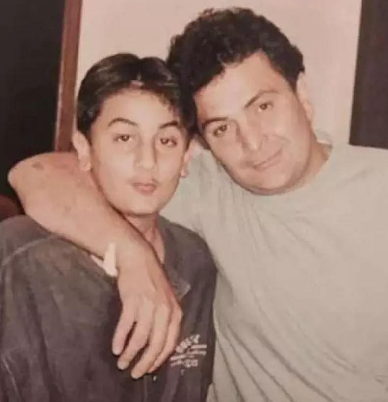 Rishi Kapoor with son Ranbir Kapoor (Photo Courtesy: social media)
