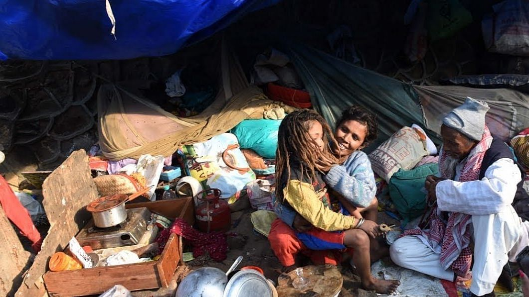 Activists write to Delhi CM demanding free ration under PDS for three months
