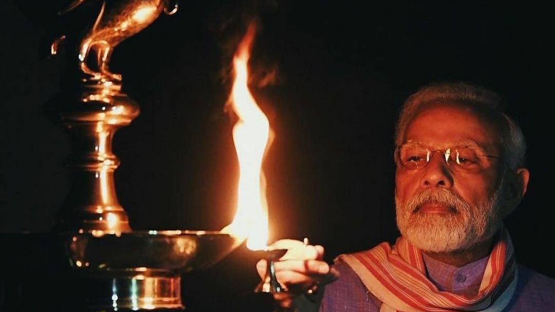 Pm S Call To Light Lamps Citizens