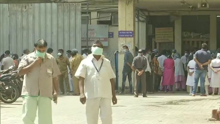 Medical staff at Mumbai hospital protest over PPE quality