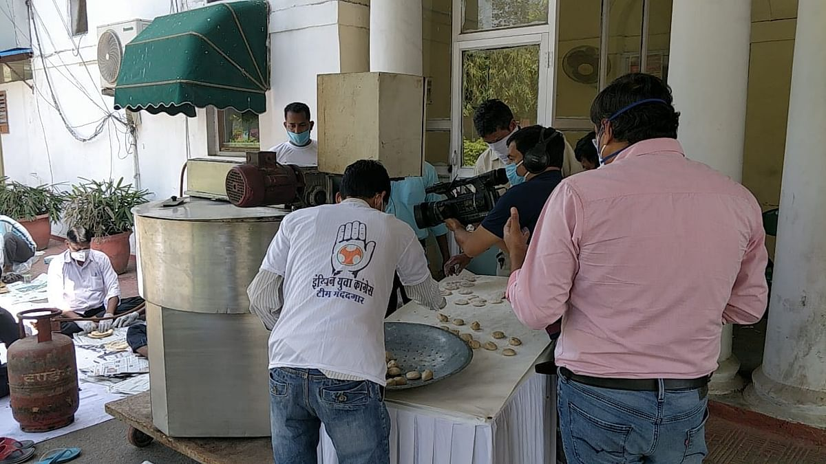 Indian Youth Congress turns its HQ into community kitchen to feed needy