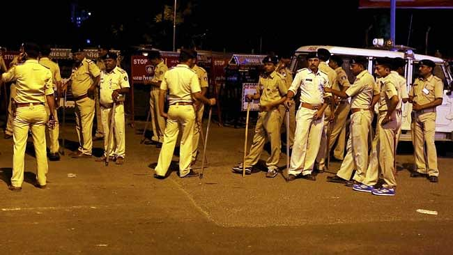 Gujarat cops collect Rs 2.6cr from violators of COVID-19 norms in 4 days