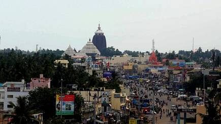 Cop suspended for forcibly entering Puri Jagannath temple
