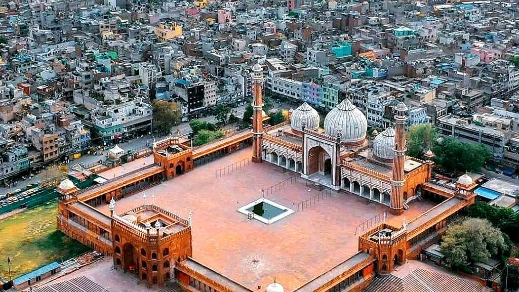 Must see: Amazing picture of empty Jama Masjid on Ramzan's 1st day, first since 1857