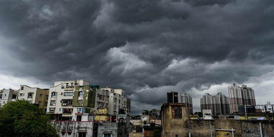 Kolkata before Cyclone arrived (Photo Courtesy: Twitter)