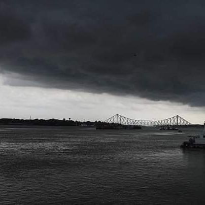 Kolkata minutes before Cyclone Amphan arrived (Photo courtesy: Twitter)