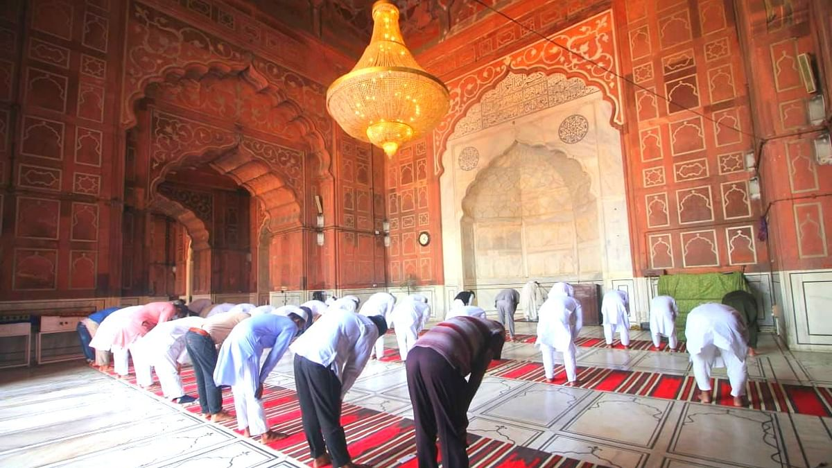 Congress welcomes Eid with a pledge to serve more