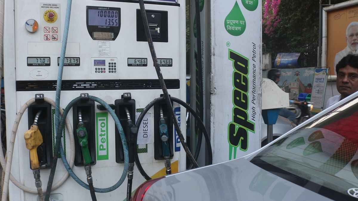 Petrol price up 25 paise, diesel 21 paise; rates hiked by Rs 9.12, Rs 11.01 in 3 weeks