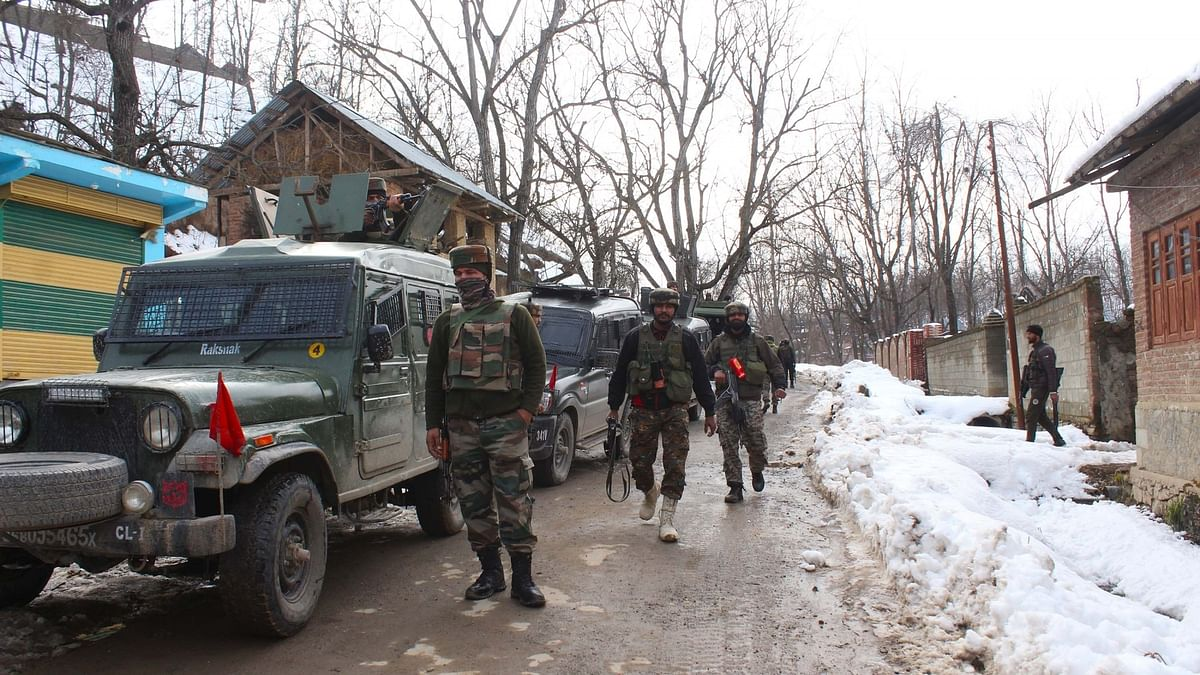 2 senior army officers among 7 killed in Kashmir gun battle