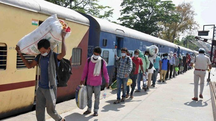 Centre distorting facts on Shramik trains, Railway Minister needs to go: Congress