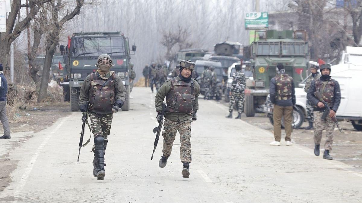 Explosives laden car was meant to target forces: IG Kashmir