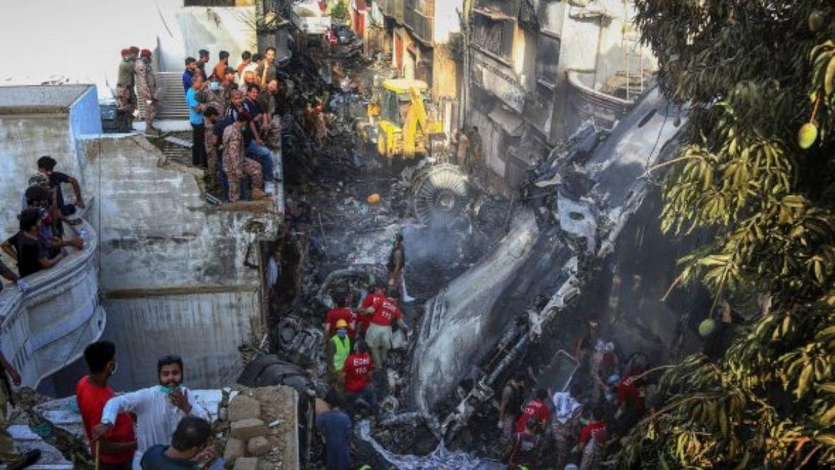 It was all 'fire and smoke': eyewitnesses recount Pakistan plane crash