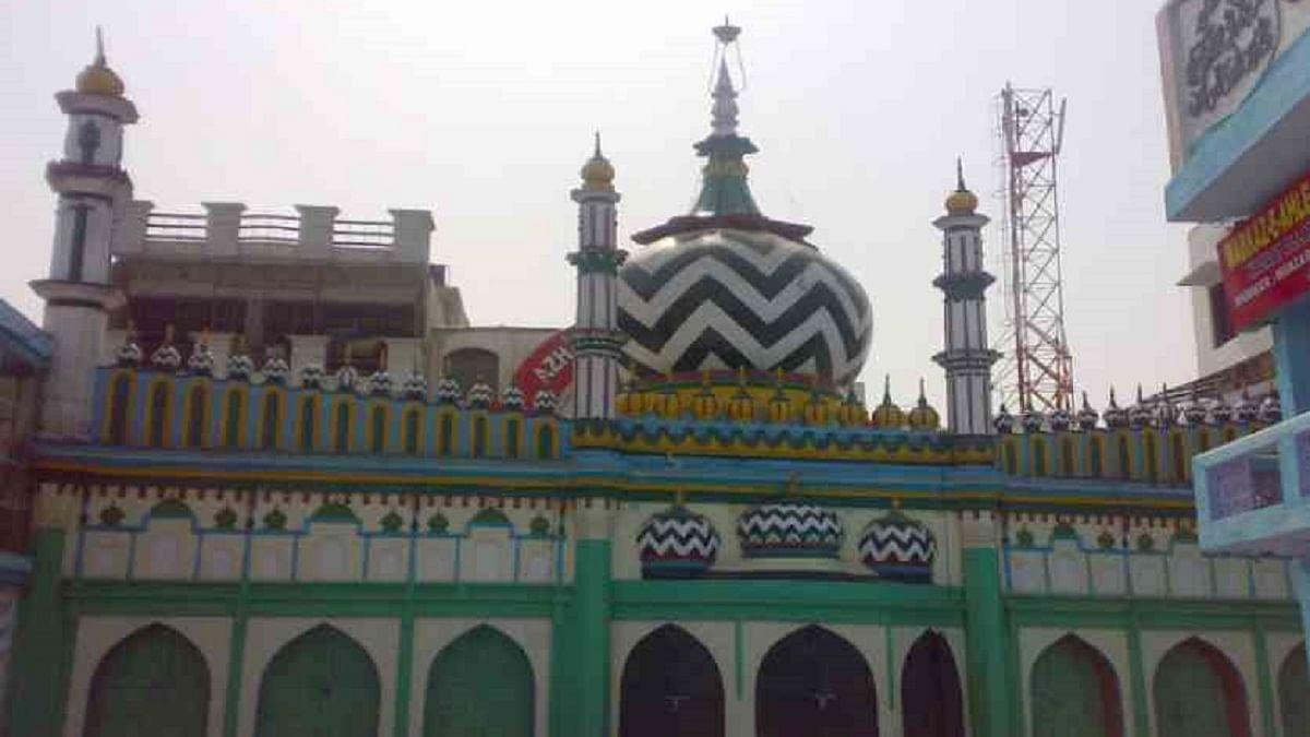 Dargah in Bareilly opposes alcohol-based sanitizer