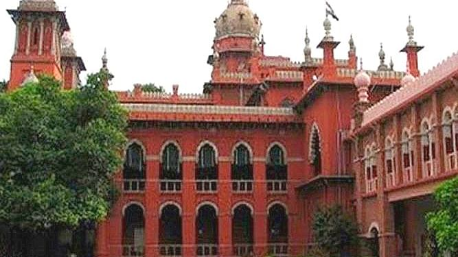 Madras HC declines to take up protests by EC, Centre about its criticism of poll process, COVID crisis