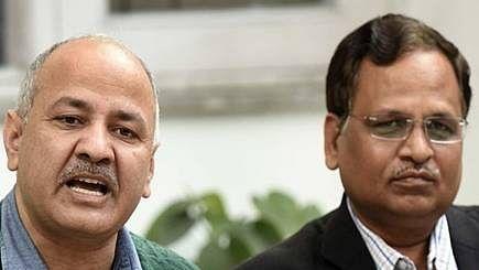 State health minister Jain hints at community transmission in Delhi, Deputy CM Sisodia says, No!