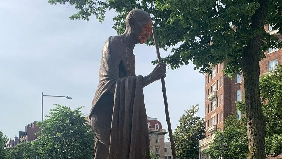 White House outraged by defacement of Gandhi statue