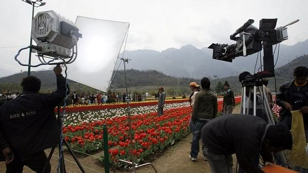 Bollywood shooting likely to resume in July, Maharashtra government issues detailed guidelines