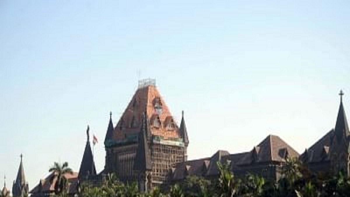 Bombay HC directs Nanavati Hospital to submit report on Varavara Rao's health and line of treatment
