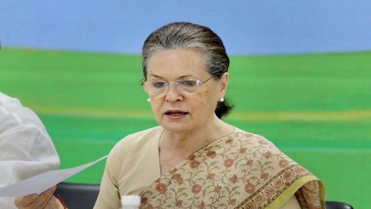 Sonia Gandhi advises Congress-ruled states to pass laws to negate farm Acts, as provided in Constitution