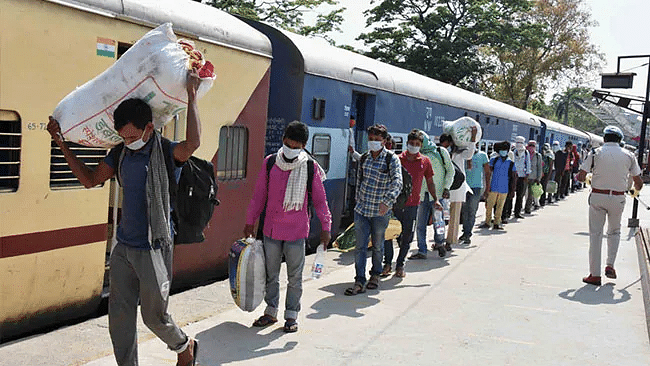 Shramik Special Trains: Railways feigns ignorance, Labour Ministry says 3,700 trains were run for migrants