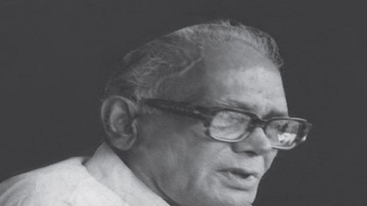 Late PN Dhar on what JP and Indira Gandhi thought of each other