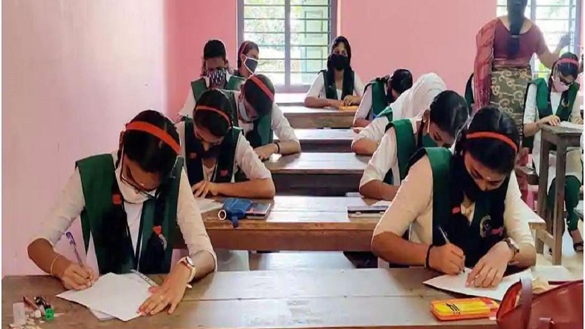 COVID-19: School principals not in favour of postponing board exams