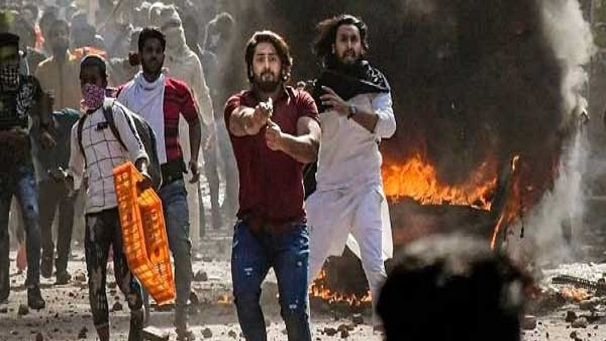 Police chargesheet says Shahrukh Pathan part of riots' conspiracy