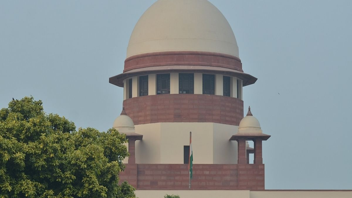 SC stays Delhi HC order on contempt proceedings against Centre's officials over oxygen supply