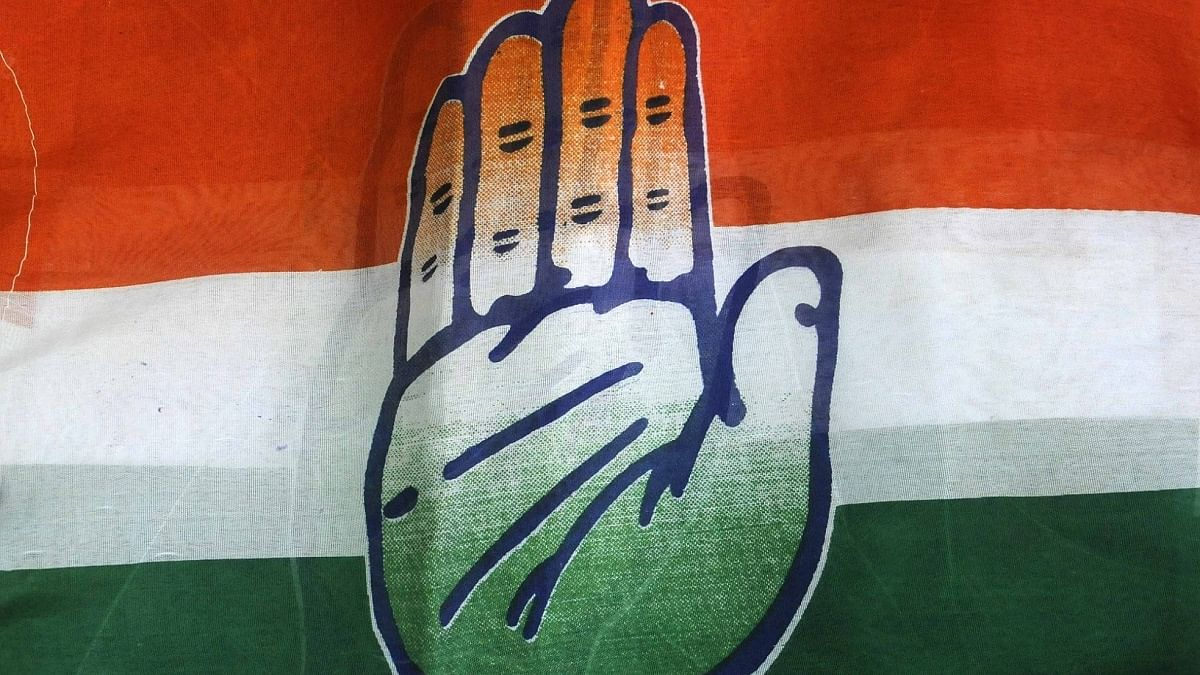 Congress flays deletion of topics from UP board syllabi