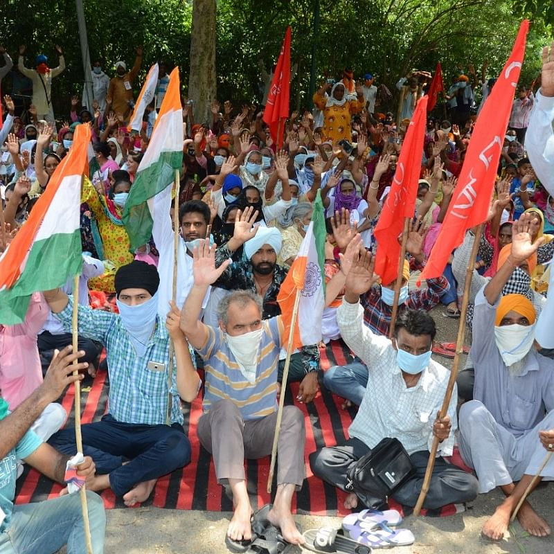 Workers hit the street against privatisation of railways, dilution of labour laws