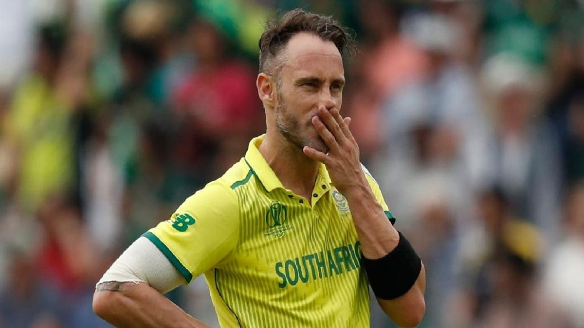 COVID-19: Faf donates bat, jersey to raise funds for feeding vulnerable kids