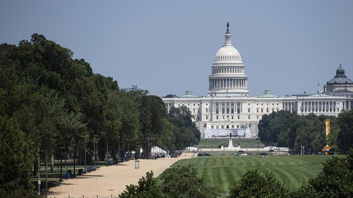 Former White House officials urge cooperative transition