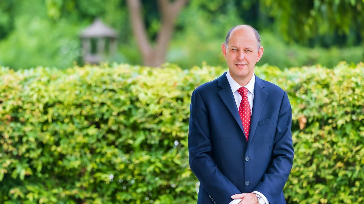 Sir Philip Barton presents credentials as British High Commissioner to India