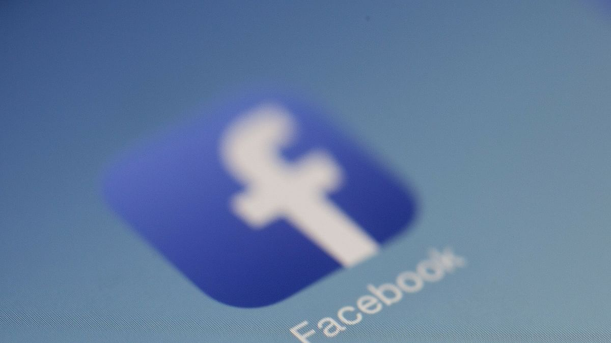 Facebook takes on YouTube, set to launch licensed music videos