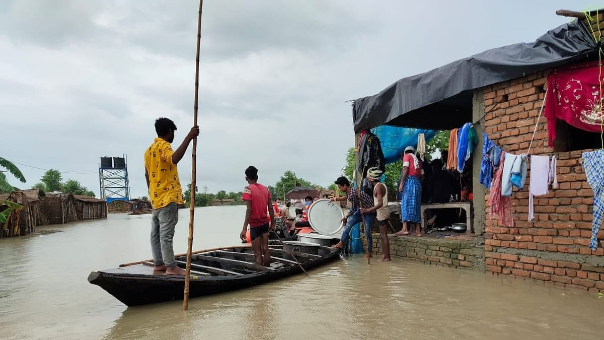 Bihar: People face the double whammy of rising COVID-19 cases and floods