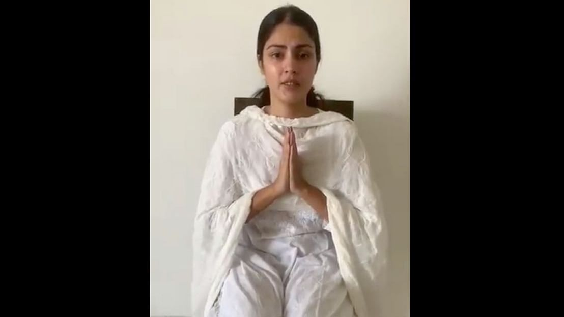Film personalities and 2,000 others sign open letter condemning Rhea Chakraborty's media witch-hunt