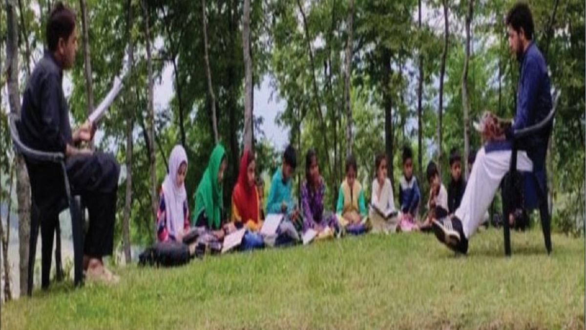 Open air classes and community schools fill the void in Kashmir