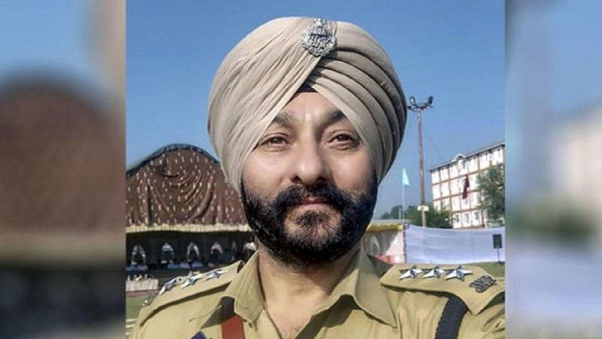 NIA raids several locations in Kashmir in ex-DSP Davinder Singh case