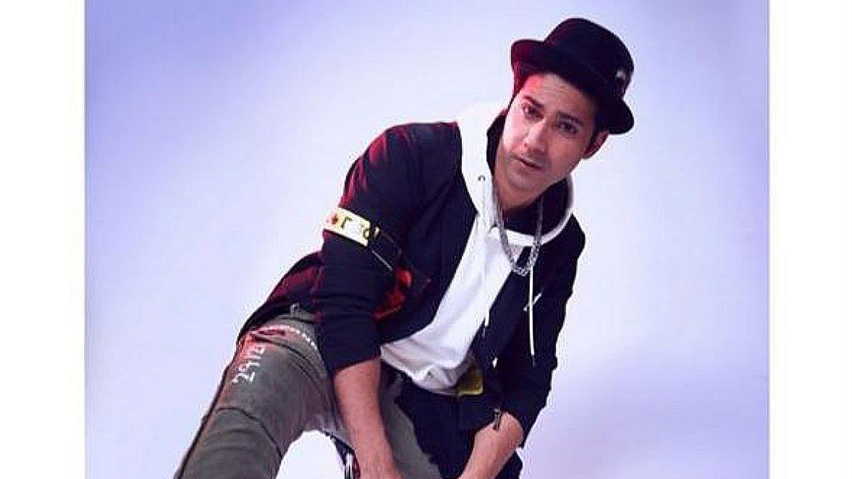 Corona crisis: Varun Dhawan provides financial help to 200 Bollywood dancers