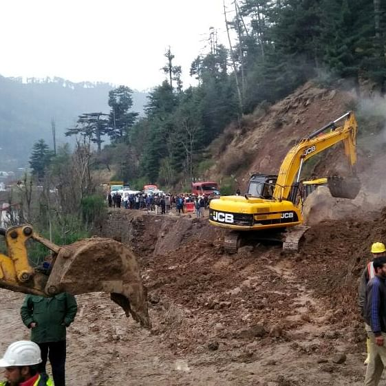 LIVE News Updates: Landslide on NH-10 cuts off Bengal-Sikkim road link