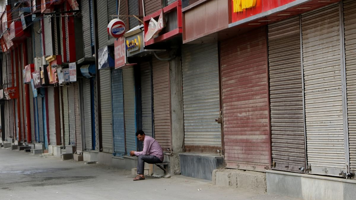 Lockdown to be reimposed in Kashmir amid growing corona cases