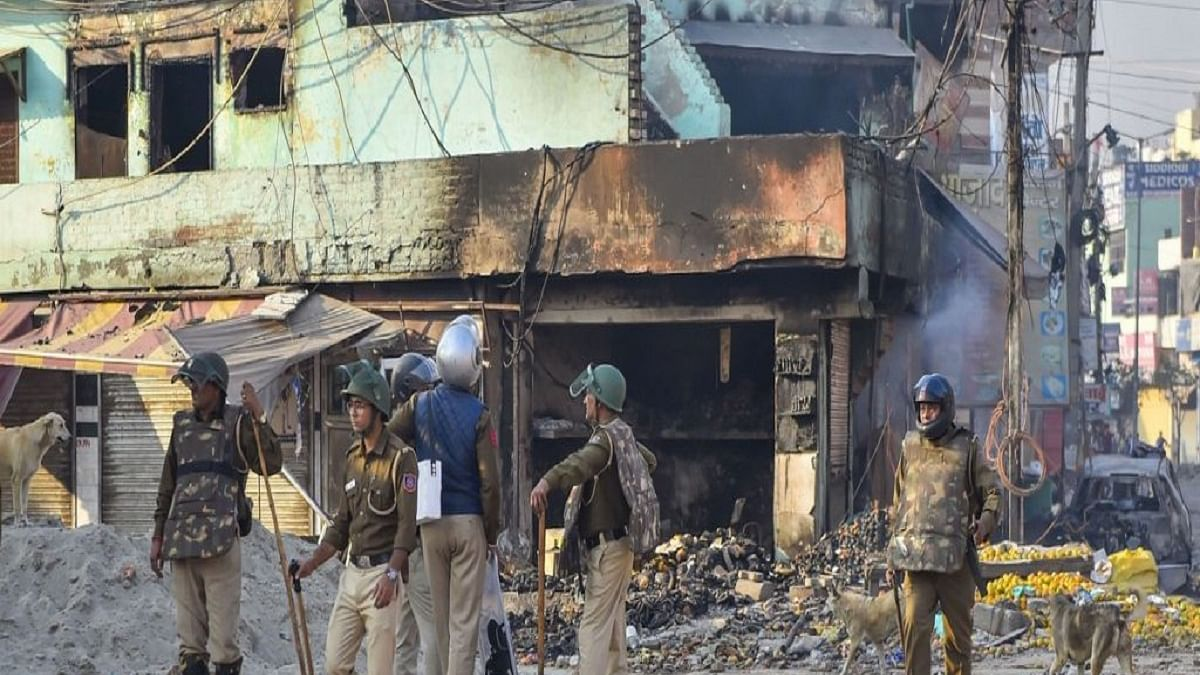 Road blocks during Delhi riots sign of conspiracy, chargesheet by Thursday, says Police