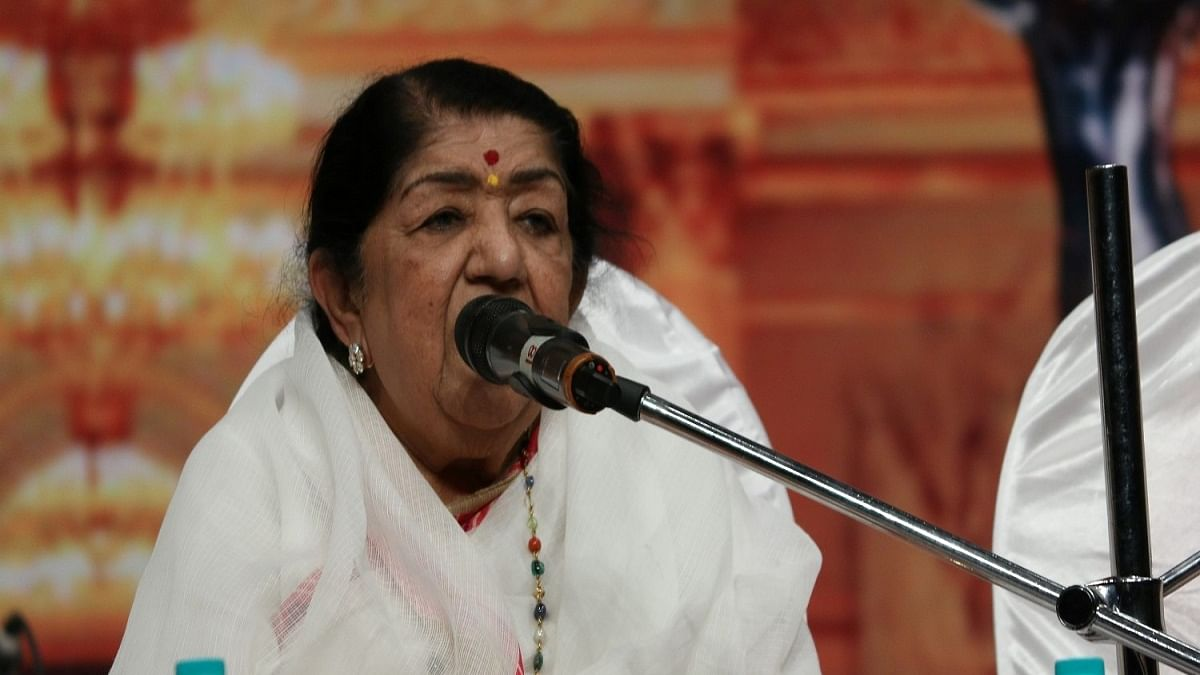 Singer Lata Mangeshkar (Photo Courtesy: IANS)
