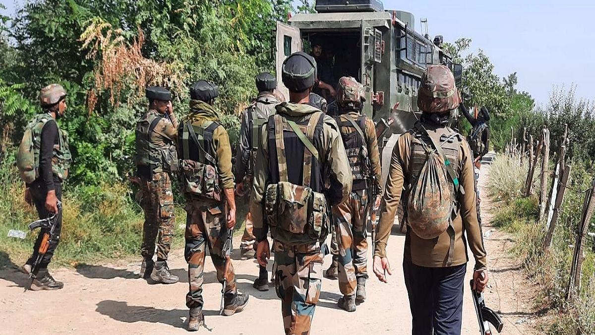 2 CRPF men, 1 SPO killed in Kashmir terror attack
