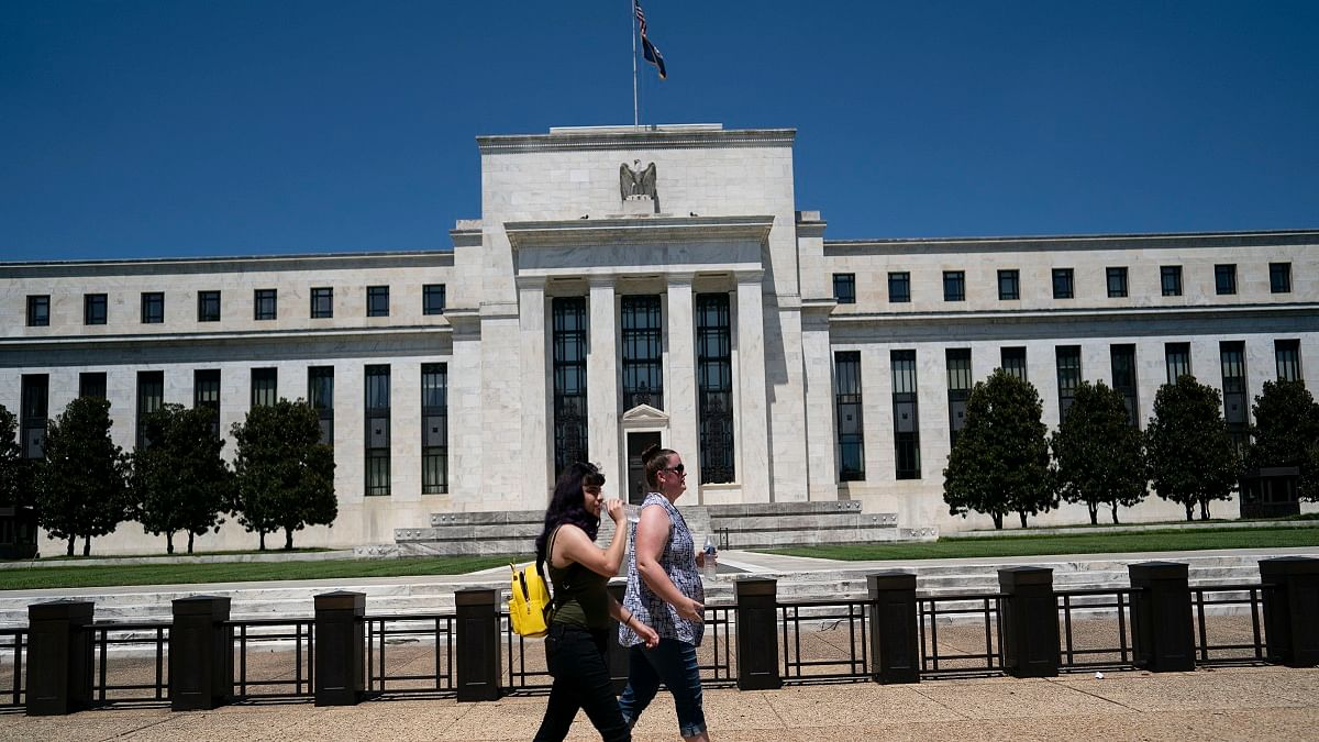 COVID-19 resurgence in US could prompt double-dip recession: Fed official